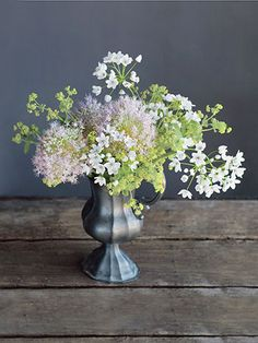How to make this bouquet using 'Millenium' alliums, lady's mantle, and white garlic