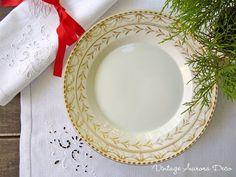Vintage Deco Aurora Preview Christmas 2012.