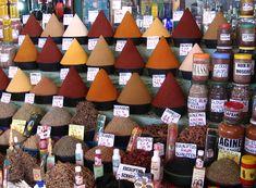 Löytöretkien aikaan kauppalaivat olivat tärkeitä esimerkiksi mausteiden hankkimisen helpottamiseksi idästä.