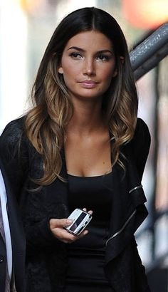 I love this dark brown light brown ombré for Fall!