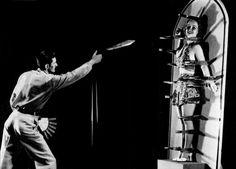 Knife thrower, 1937