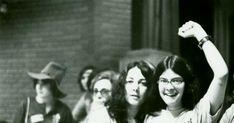 16 citas sobre o que supon ser unha muller, no blog da NYPL.  (Three members of Lavender Menace at the Second Congress to Unite Women, New York, 1970 May)