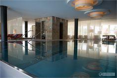 Pool at Acquapura Spa in Schladming, Austria – Wellness & Massage - Österreich - Falkensteiner - #wellness #spa #austria
