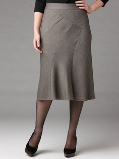 Perfect for every figure type!  Melange Birds Pieced Skirt