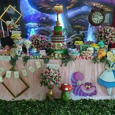 Alice In Wonderland Tea Party Birthday, Alice Tea Party, Alice In Wonderland Birthday, Tea Party Table, Mad Hatter Party, Birthday Party Themes, Parties, Google, Glass