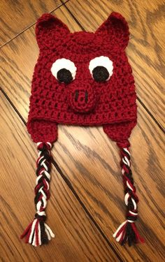 Crocheted baby [Arkansas] Razorback hat!  I can many adorable newborn pics with this prop!