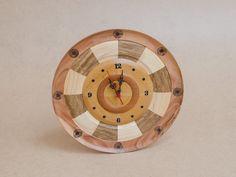 Relógio de Madeira Artesanal Feito em Marchetaria - Lacewood