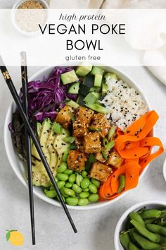 Sushi bowl or poke bowl? This one is a mix of both! This vegan poke bowl is a high protein plant based dinner recipe that is perfect for meal prep. Sushi bowl or poke bowl? This one is a mix of both! This vegan poke bowl is a high protein plant based … Vegan Dinner Recipes, Vegan Dinners, Whole Food Recipes, Vegetarian Recipes, Healthy Recipes, High Protein Vegan Meals, High Protein Vegan Recipes, Vegan Meal Prep, Healthy Breakfasts