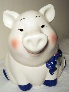 House of Lloyd piggy bank Money Bank, Money In The Bank, Pig Stuff, Piggy Banks, Dust Collector, This Little Piggy, My Precious, Pennies, Pigs