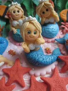 Mermaid Cupcake Toppers by mimicafe Union   http://mimicafeunion.blogspot.com