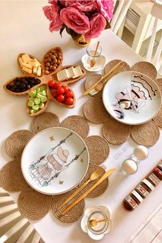 Iran Food, Recovery Food, Breakfast Time, Aesthetic Food, Food Presentation, Dinner Table, Diy And Crafts, Lunch Box, Table Settings