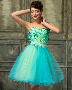 Sukienka tiulowa z motywem kwiatowym   http://fashion4u.pl