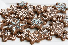 Gingerbread Cookies {Recipe} - Glorious Treats