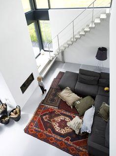 Foyer et haut plafond