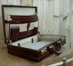 Mens Vintage Burgundy Leather case