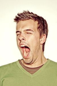 Learn why yawning is contagious? Why can't schizophrenics yawn as much as others? Learn why yawning may be a test for sociopaths. Surprising facts about yawning, based on medical studies. Singing Lessons, Singing Tips, Music Lessons, Learn Singing, Singing Quotes, Middle School Choir, Music School, Elementary Music, Music Classroom