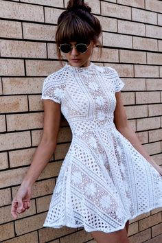 Absolutely charming lace dress!!!