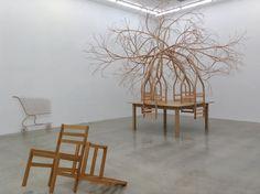 Resplendent Sculpture with Natural Materials – Fubiz Media