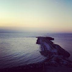 bengtssonsofia @ instagram. #sea #ocean #hav #havet #nature #natur #sunset #solnedgång #stones #stenar #danmark #denmark #oresund #öresund #iphone #sweden #sverige #swedish #instagram #statigram