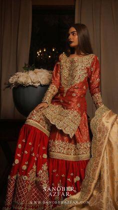 Mar 2020 - Fashion Tips Shirts Fashion Tips Shirts Indian Bridal Outfits, Pakistani Wedding Outfits, Pakistani Bridal Dresses, Pakistani Dress Design, Indian Designer Outfits, Indian Wedding Makeup, Punjabi Wedding, Shadi Dresses, Pakistani Formal Dresses
