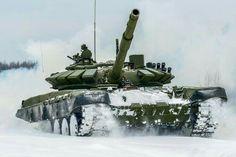 100%™ 2011-pr. T-72B3 Petrel | Russian Red Army