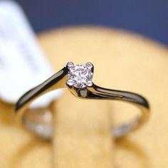 anello-solitario-spirale-oro-bianco-e-diamante