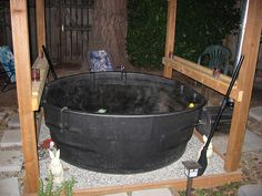 300 gallon Rubbermaid tank