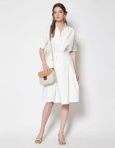 真っ白コーデで軽やかな夏を迎えましょう♡30代アラサー女性のスキッパーシャツのコーデ♡