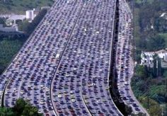 The largest traffic congestion in the world recorded in China, its length . - Hülya Dündar - - The largest traffic congestion in the world recorded in China, its length . Cool Pictures, Cool Photos, Amazing Photos, Beautiful Pictures, In China, Corpus Christi, World Records, Scenery, Places To Visit