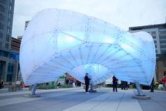 Galería - Chinook Arc, una escultura pública como sistema de iluminación interactiva - 13