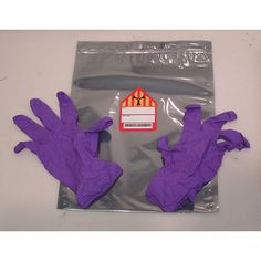 Neutralizing bag and gloves from Warehouse Warehouse 13, Cosplay Tutorial, Fantasy Movies, Movie Props, Purple Bags, Geek Out, Favorite Tv Shows, Favorite Things, Costumes
