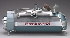 Lurelle Guild for Electrolux, Vacuum Cleaner, designed Chromium-plated steel, enamel, vinyl. Courtesy Minneapolis Institute of Arts My Childhood Memories, Childhood Toys, Best Memories, Memories Quotes, Clean Design, Modern Design, Electrolux Vacuum, Vintage Appliances, Oldies But Goodies