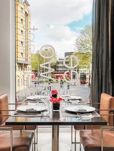Lunch setup at Three O Two corner restaurant at H10 London Waterloo