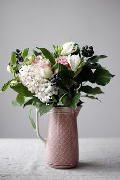 pretty simple blooms | pink pitcher