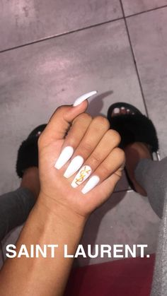 In seek out some nail designs and ideas for your nails? Listed here is our list of 39 must-try coffin acrylic nails for stylish women. Aycrlic Nails, Matte Nails, Coffin Nails, Stiletto Nails, Best Acrylic Nails, Acrylic Nail Designs, Colored Acrylic Nails, Gorgeous Nails, Pretty Nails