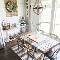 Looking for for inspiration for farmhouse interior? Check out the post right here for cool farmhouse interior inspiration. This kind of farmhouse interior ideas seems to be totally superb. French Country Dining Room, Farmhouse Dining Room Table, Kitchen Dining, Kitchen Decor, Kitchen Nook, Dining Tables, Dining Area, Kitchen Ideas, Country Kitchen