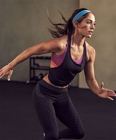 A picture of Allison Stokke. This site is a community effort to recognize the hard work of female athletes, fitness models, and bodybuilders. Objectification Of Women, Us Olympics, Pole Vault, Popular Sports, Sexy, Track And Field, Athletic Women, Female Athletes, Newport Beach