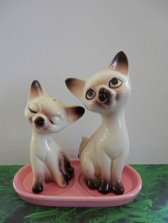 Vintage 1950's  Era Siamese Kitten Salt And by CrystalLightDesigns, $59.00  View it On https://www.etsy.com/shop/CrystalLightDesigns