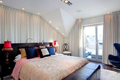 Bedroom Designs For Women Alb Si Albastru Linistitor  Spatiul Construit  Pinterest