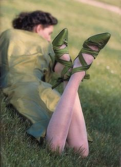 Photography of vintage-dressed woman, with focus on olive-green shoes. No title or artist listed. Olive Green Color, Green Colors, Shades Of Green, Pink And Green, Emerald Green, Green Girl, Emerald City, Green Satin, Nature Verte