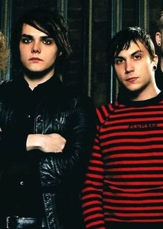 Awe gerard and Frankie!! Where did tht go? Another FERARD moment some day? We can all dream ;)