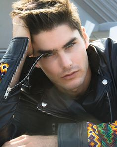 Charlie Matthews, Men's Fashions, Male Model, Good Looking, Handsome, Beautiful Man, Guy, Dude, Hot, Sexy, Eye Candy, Muscle, Hunk, Abs, Six Pack, Fitness チャーリー・マシューズ メンズファッション 男性モデル フィットネス