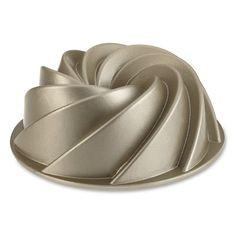 Nordic Ware Heritage Bundt(R) Pan