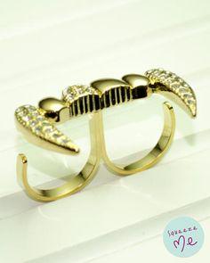 Anel Vampiresco Folheado Dourado - R$ 59,90    Disponível na nossa loja virtual: http://bzz.ms/anelvampdour