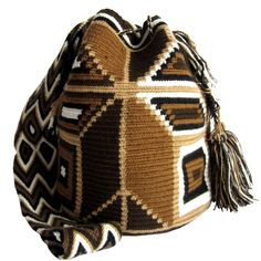 Arbol Brown Mochila Wayuu Bag  | Handmade and Fair Trade  Wayuu Mochila Bags – LOMBIA & CO. | www.LombiaAndCo.com
