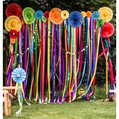60 Inspiring Outdoor Summer Party Decorations Ideas Outdoor parties are really Mexican Fiesta Party, Fiesta Theme Party, Fiesta Party Centerpieces, Wedding Centerpieces, Hippie Party, Hippie Birthday Party, Mexican Birthday Parties, Birthday Themes For Adults, Carnival Birthday Parties