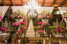 Decoração: Agnaldo ReR Decorações. Local: Buffet Sumatra Louveira. Fotos: Renato Mendez