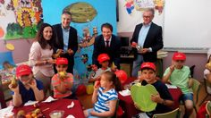 Mr. Hofru y su mundo mágico' acerca a los escolares de la Región la importancia de consumir frutas y hortalizas frescos