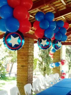 Colgantes Captain America Party, Captain America Birthday, Manly Party Decorations, Birthday Party Decorations, Anniversaire Captain America, Iron Man Party, Iron Man Birthday, Twins 1st Birthdays, Avengers Birthday