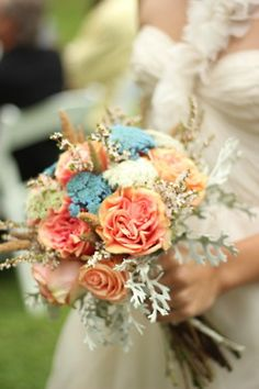 love the blue with the coral flowers
